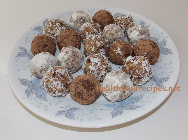 Raw vegan chocolate nut fruit balls recipe easy, healthy and delicious